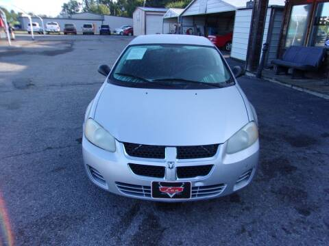 2004 Dodge Stratus for sale at LEE AUTO SALES in McAlester OK