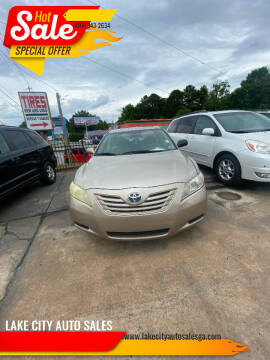 2008 Toyota Camry for sale at LAKE CITY AUTO SALES in Forest Park GA