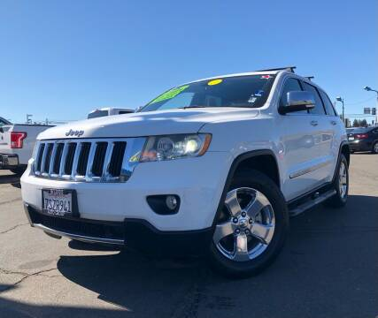2013 Jeep Grand Cherokee for sale at LUGO AUTO GROUP in Sacramento CA