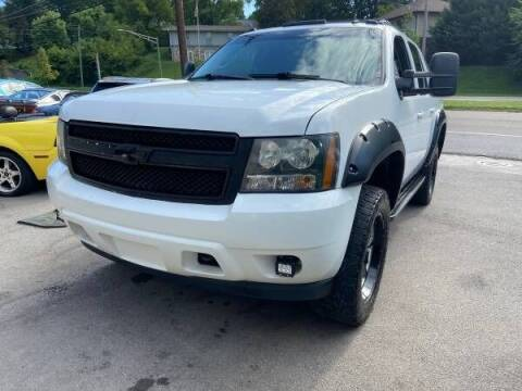 2010 Chevrolet Avalanche for sale at North Knox Auto LLC in Knoxville TN