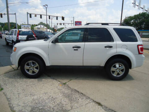 2009 Ford Escape for sale at Tom Cater Auto Sales in Toledo OH