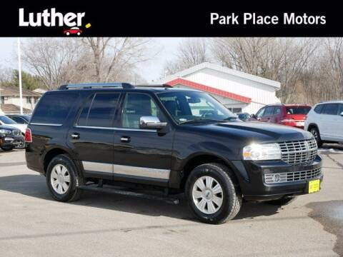 2014 Lincoln Navigator for sale at Park Place Motor Cars in Rochester MN