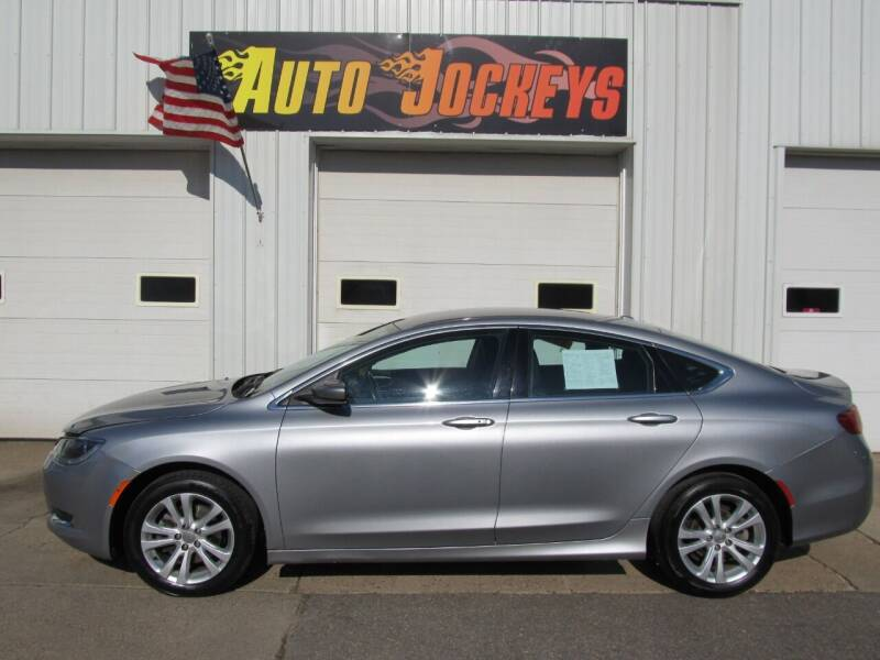 2015 Chrysler 200 for sale at AUTO JOCKEYS LLC in Merrill WI