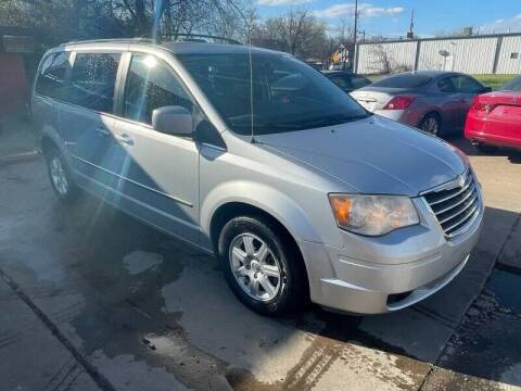 2010 Chrysler Town and Country for sale at Texas Select Autos LLC in Mckinney TX