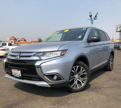 2017 Mitsubishi Outlander for sale at LUGO AUTO GROUP in Sacramento CA