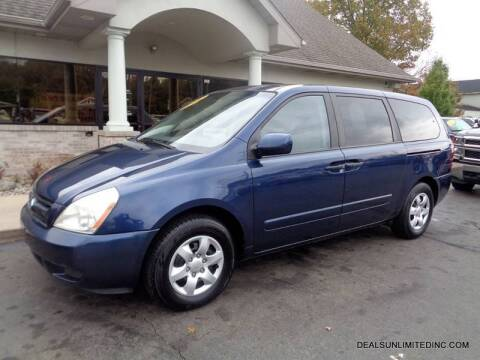 2006 Kia Sedona for sale at DEALS UNLIMITED INC in Portage MI