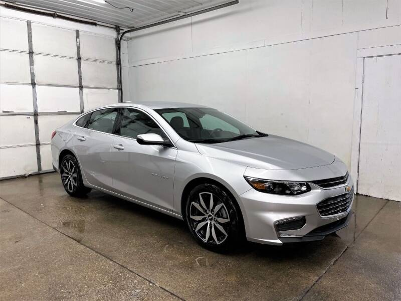 2018 Chevrolet Malibu for sale at PARKWAY AUTO in Hudsonville MI