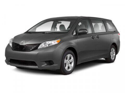 2013 Toyota Sienna for sale at DAVID McDAVID HONDA OF IRVING in Irving TX