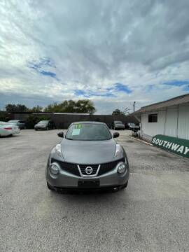 2013 Nissan JUKE for sale at SOUTHWAY MOTORS in Houston TX