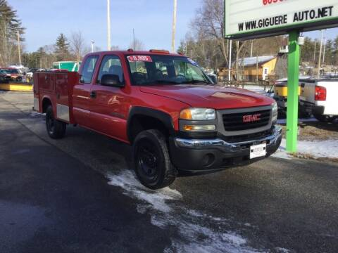 2004 GMC Sierra 2500HD for sale at Giguere Auto Wholesalers in Tilton NH