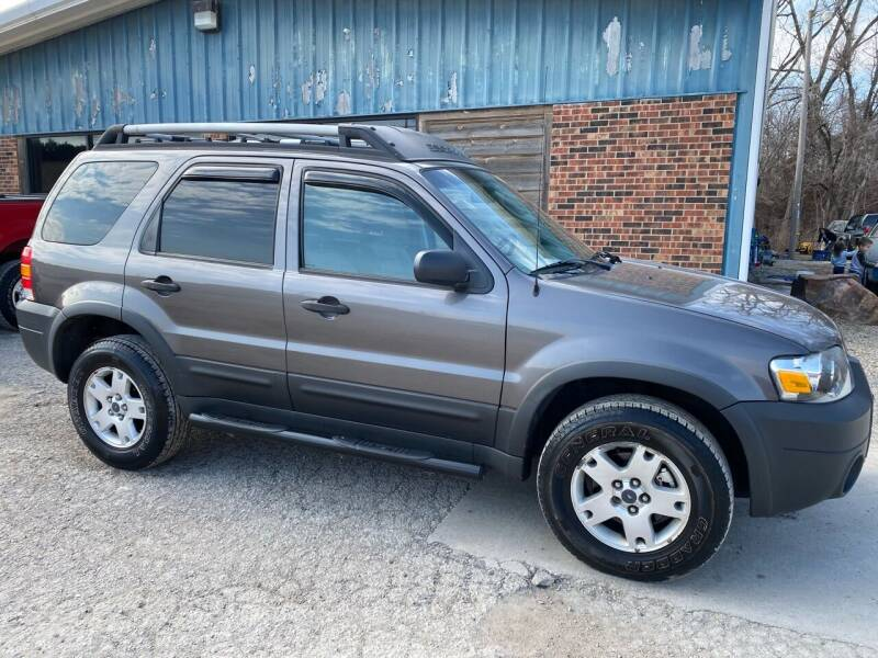 2005 Ford Escape for sale at Kansas Car Finder in Valley Falls KS