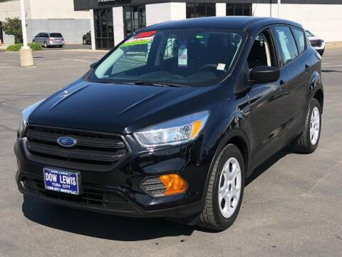 2017 Ford Escape for sale at Dow Lewis Motors in Yuba City CA