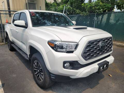 2020 Toyota Tacoma for sale at AW Auto & Truck Wholesalers  Inc. in Hasbrouck Heights NJ