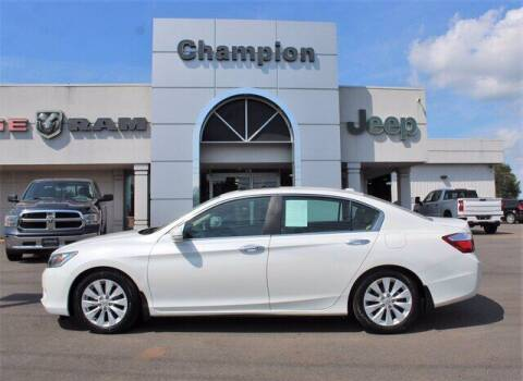 2013 Honda Accord for sale at Champion Chevrolet in Athens AL