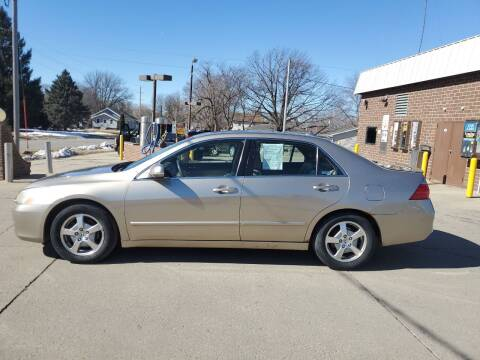 2006 Honda Accord for sale at RIVERSIDE AUTO SALES in Sioux City IA