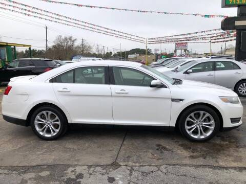 2013 Ford Taurus for sale at Pasadena Auto Planet in Houston TX