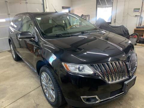 2013 Lincoln MKX for sale at QUINN'S AUTOMOTIVE in Leominster MA