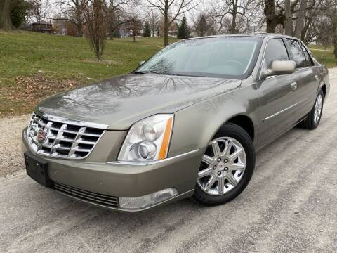 2010 Cadillac DTS for sale at Bloomington Auto Sales in Bloomington IL