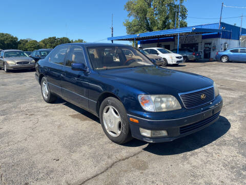 1999 Lexus LS 400 for sale at Dave-O Motor Co. in Haltom City TX