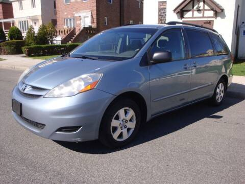 2008 Toyota Sienna for sale at Cars Trader in Brooklyn NY