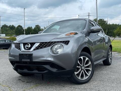 2017 Nissan JUKE for sale at MAGIC AUTO SALES in Little Ferry NJ