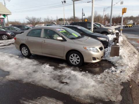 2009 Toyota Corolla for sale at CAR CORNER RETAIL SALES in Manchester CT
