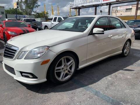 2011 Mercedes-Benz E-Class for sale at AUTO ALLIANCE LLC in Miami FL