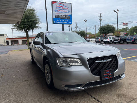 2015 Chrysler 300 for sale at Magic Auto Sales in Dallas TX