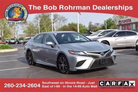 2018 Toyota Camry Hybrid for sale at BOB ROHRMAN FORT WAYNE TOYOTA in Fort Wayne IN