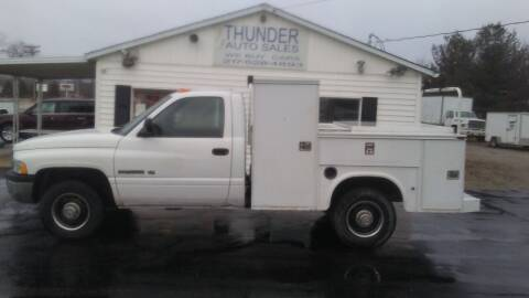 2002 Dodge Ram Chassis 2500 for sale at Thunder Auto Sales in Springfield IL