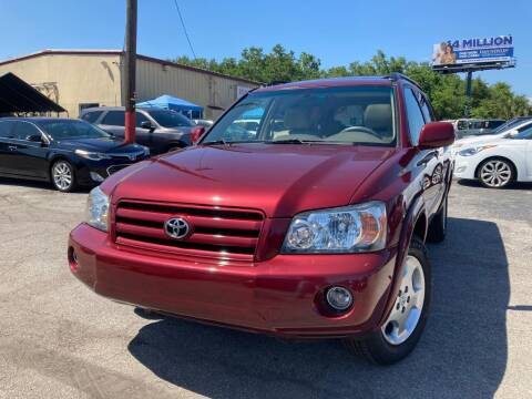 2005 Toyota Highlander for sale at Mars auto trade llc in Kissimmee FL