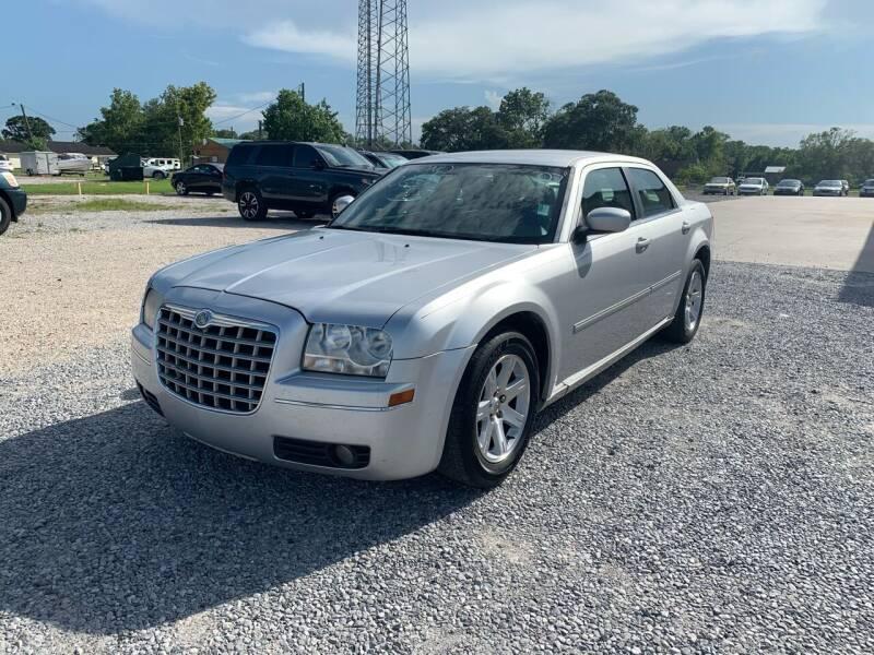 2007 Chrysler 300 for sale at Bayou Motors Inc in Houma LA