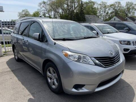 2014 Toyota Sienna for sale at SOUTHFIELD QUALITY CARS in Detroit MI
