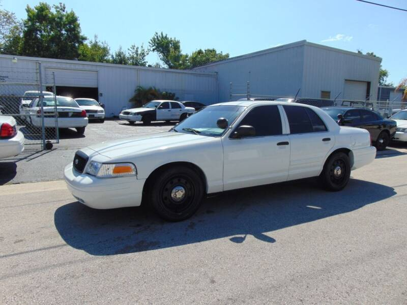 2010 Ford Crown Victoria for sale in Holly Hill, FL