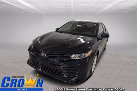 2020 Toyota Camry for sale at Crown Automotive of Lawrence Kansas in Lawrence KS