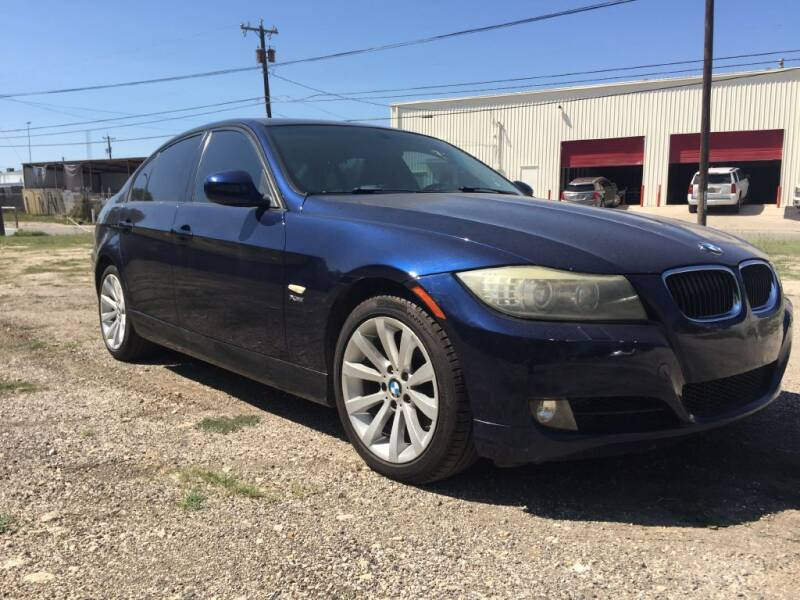 2011 BMW 3 Series for sale at Carzready in San Antonio TX