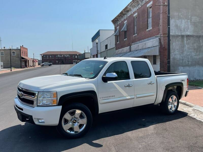 2009 Chevrolet Silverado 1500 for sale at Imperial Auto, LLC in Marshall MO