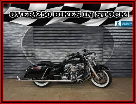 2014 Harley-Davidson Road King for sale at Motomaxcycles.com in Mesa AZ