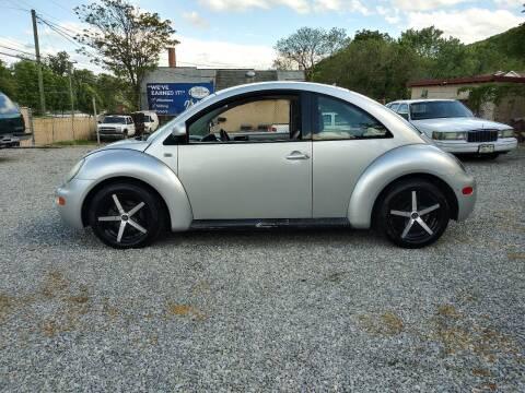 1999 Volkswagen New Beetle for sale at Sierra Motors in Roanoke VA