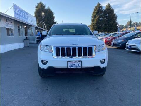 2013 Jeep Grand Cherokee for sale at AutoDeals in Hayward CA