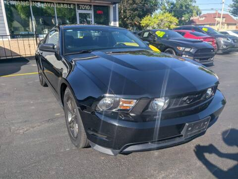 2012 Ford Mustang for sale at CLASSIC MOTOR CARS in West Allis WI