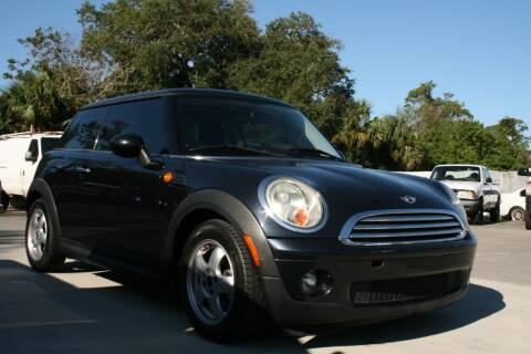 2007 MINI Cooper for sale at Mike's Trucks & Cars in Port Orange FL