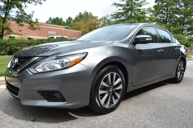 2017 Nissan Altima for sale at Apex Car & Truck Sales in Apex NC