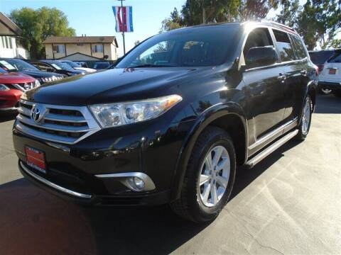 2013 Toyota Highlander for sale at Centre City Motors in Escondido CA