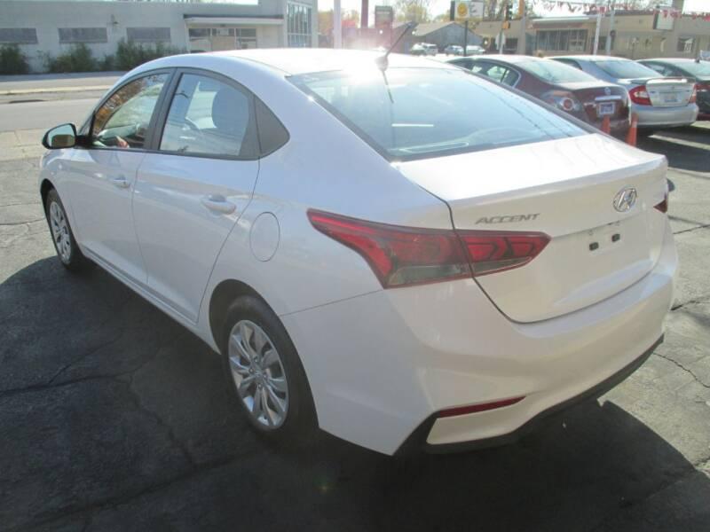 2020 Hyundai Accent SE 4dr Sedan 6M - Calumet City IL
