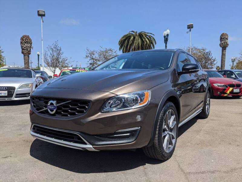 2018 Volvo V60 Cross Country for sale in National City, CA