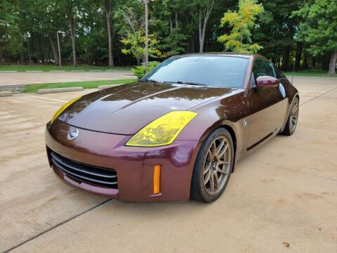 2006 Nissan 350Z for sale at Lease Car Sales 3 in Warrensville Heights OH