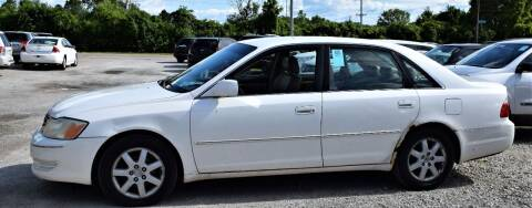 2003 Toyota Avalon for sale at PINNACLE ROAD AUTOMOTIVE LLC in Moraine OH