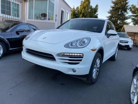 2013 Porsche Cayenne for sale at Ronnie Motors LLC in San Jose CA