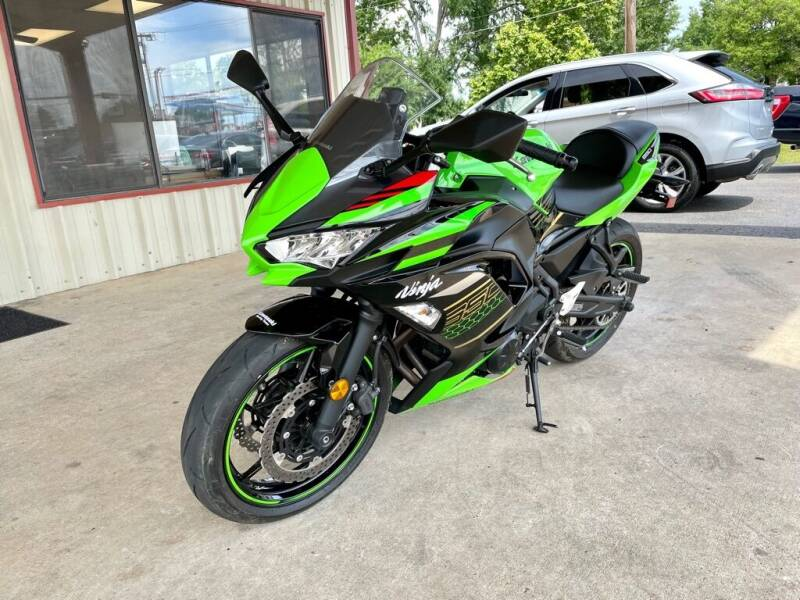 2020 Kawasaki Ninja for sale at Sandlot Autos in Tyler TX